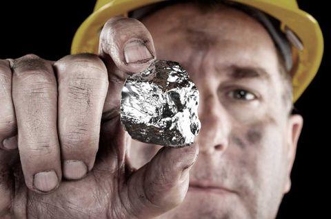 """Silver: Fick """"dubbel boost"""" efter prisrally"""