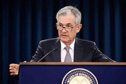 Fed lämnar räntan oförändrad
