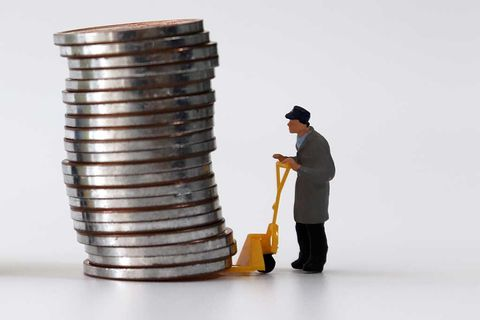 coins-moving-shutterstock
