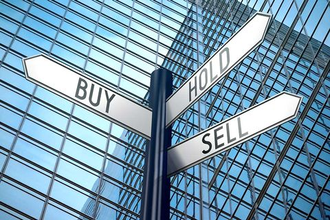 buy-hold-sell-signs-shutter