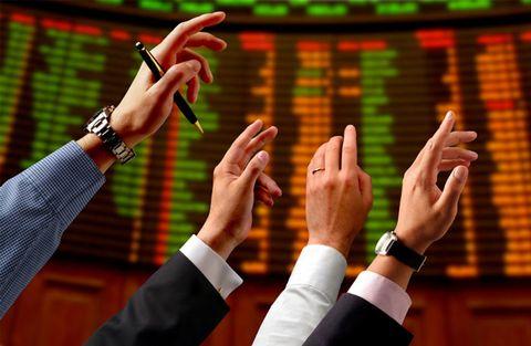 Sex heta aktier som köpstämplats